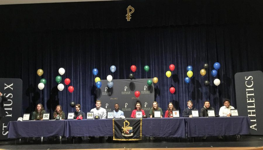 Senior+student-athletes+signed+their+letters+of+intent+on+national+signing+day%2C+February+6