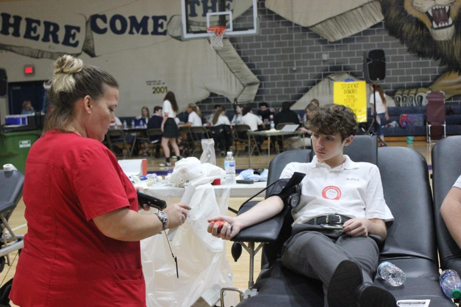 Students encouraged to sign up for Spring Blood Drive