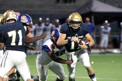 Senior quarterback Dennis O